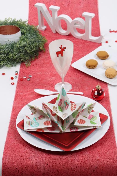 Serviette prépliée Noël mesa bella boules de noel