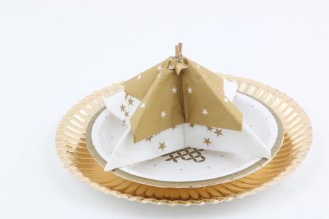 Tuto pliage de serviette en papier en forme d'étoile