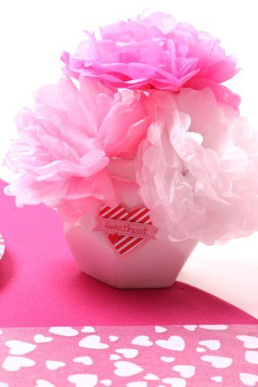 Table rose romantique pour la St Valentin