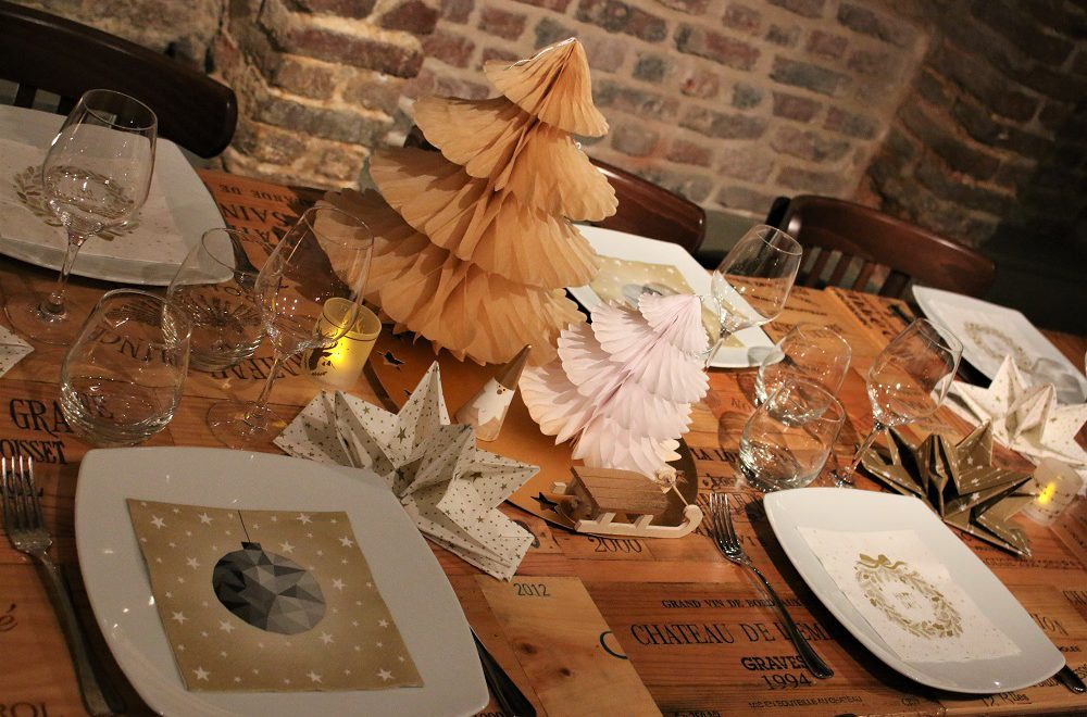 Sapin de Noël en papier pour la table de fête Mesa Bella