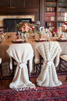Habillement de chaise en tricot