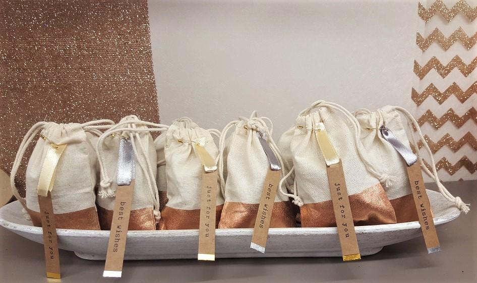 petits-sacs en lin et cuivre Mesa Bella