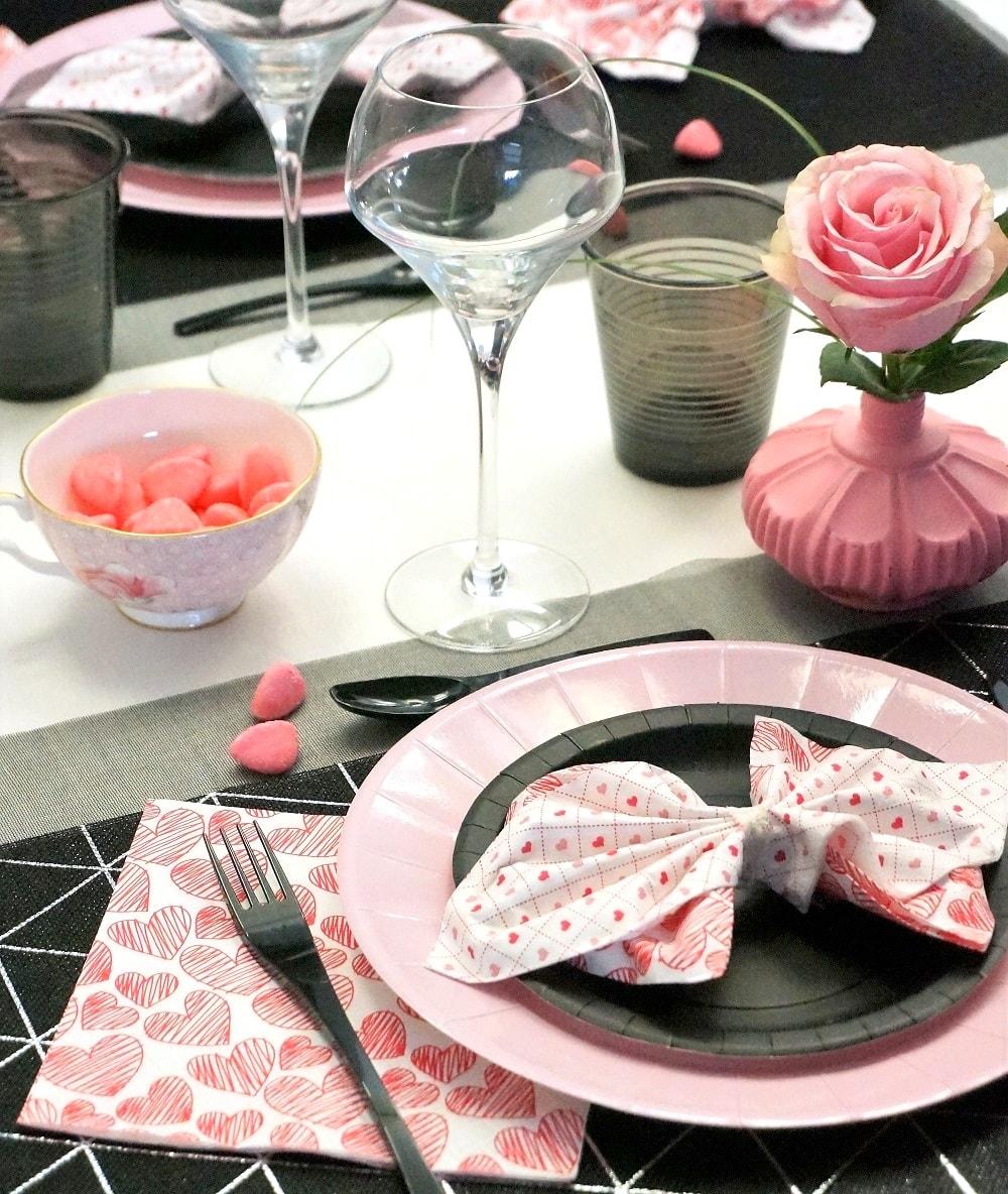 Saint valentin rose et noir