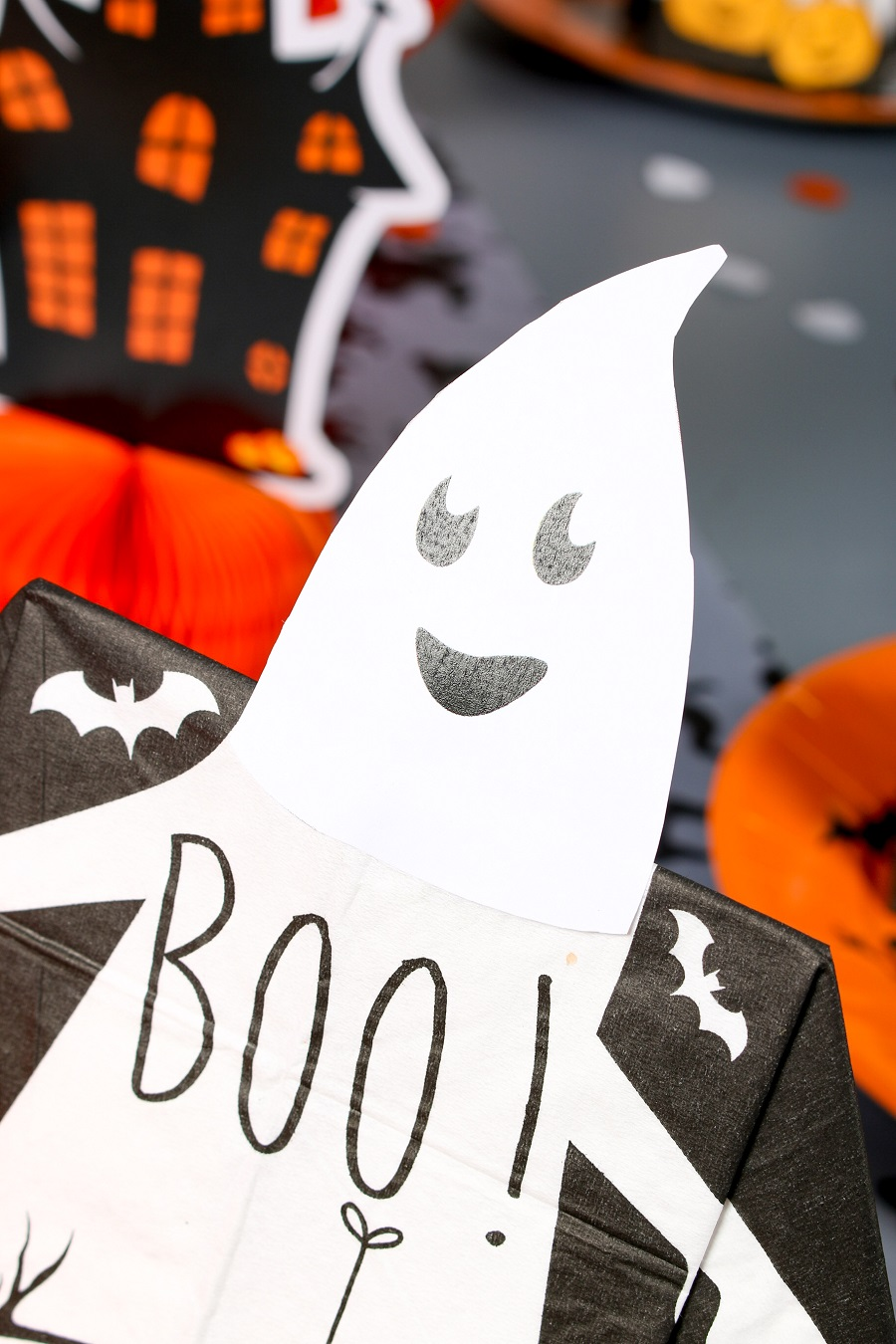 serviette prepliée halloween tête de fantôme à télécharger