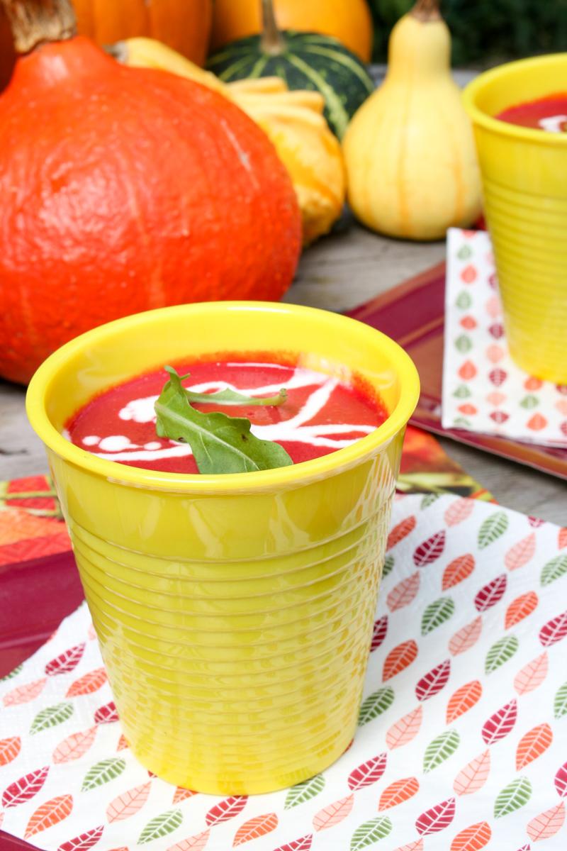 pour la saison de l'automne, amertume et douceur avec cette soupe à base de betterave