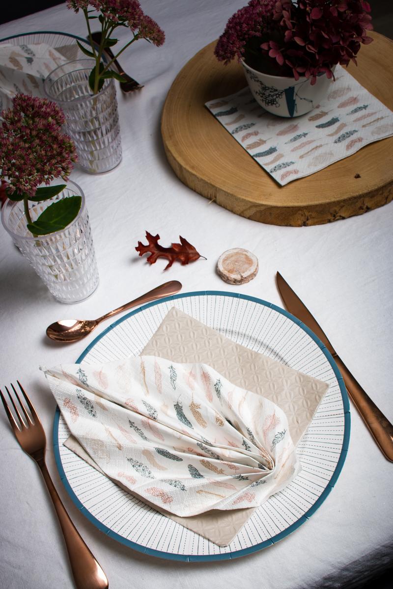 Pliage De Serviette Table En Forme Feuille Palmier Plier Dark Brown Hairs