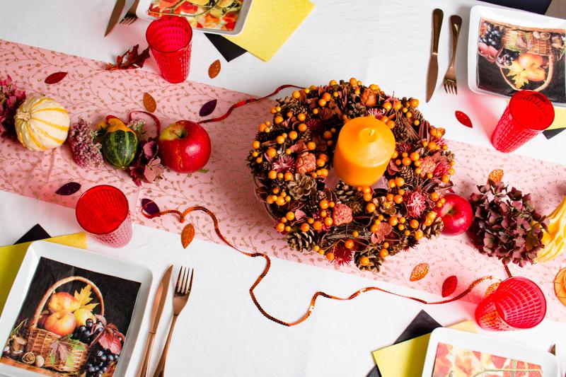 Vue plongeante sur table d'automne