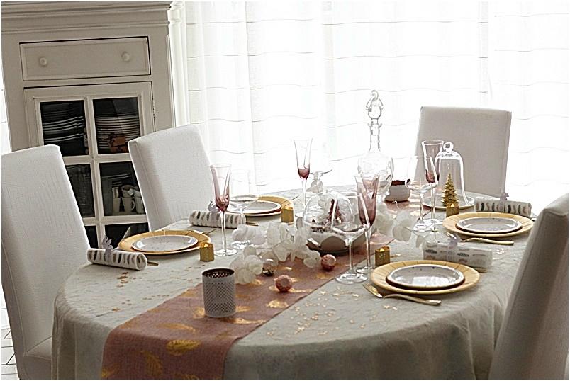 table de Noël rose et or