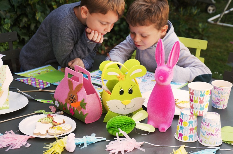 Table de Pâques pour enfants