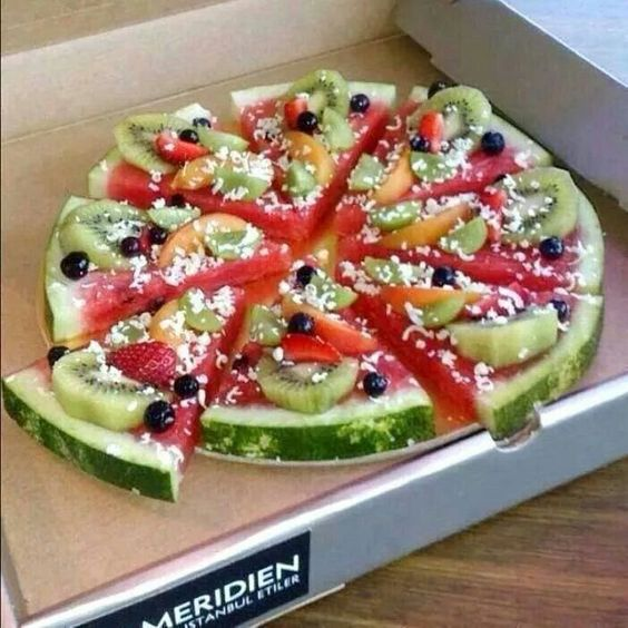 Source Pinterest, Pizza Fruit