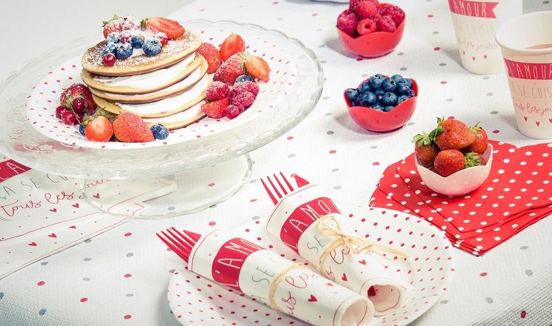 Pyramide de Pancakes et vaisselle bistrot Mesa Bella