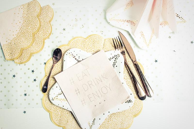 serviette de table en papier forme fleur