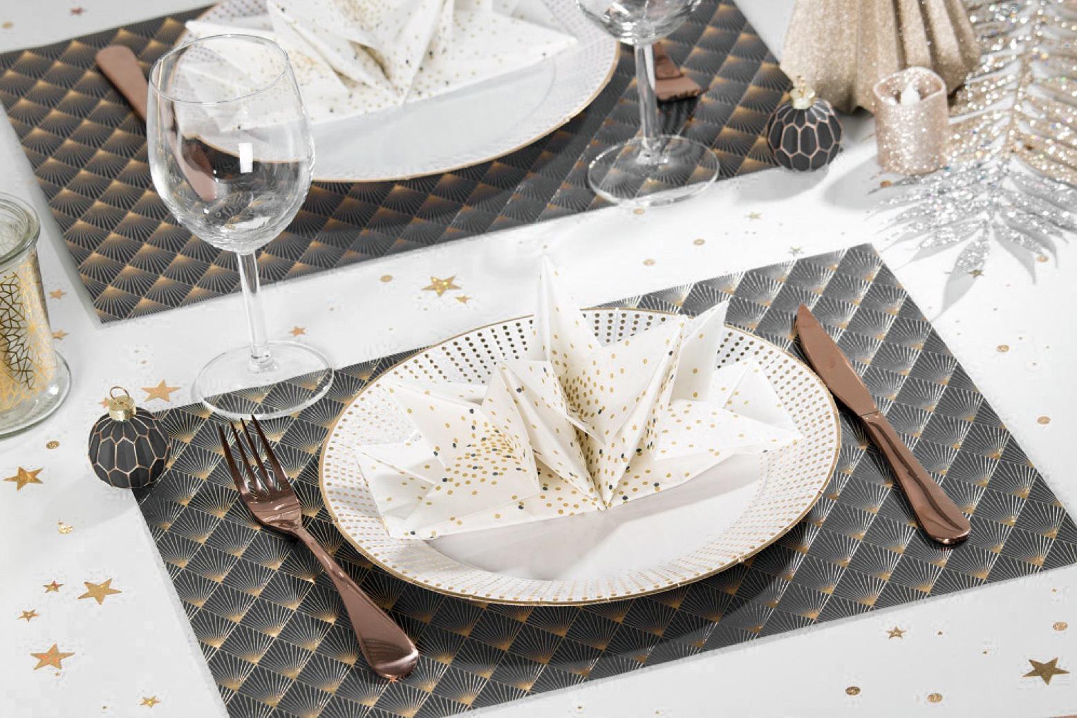 set de table noir et or art deco motif paon