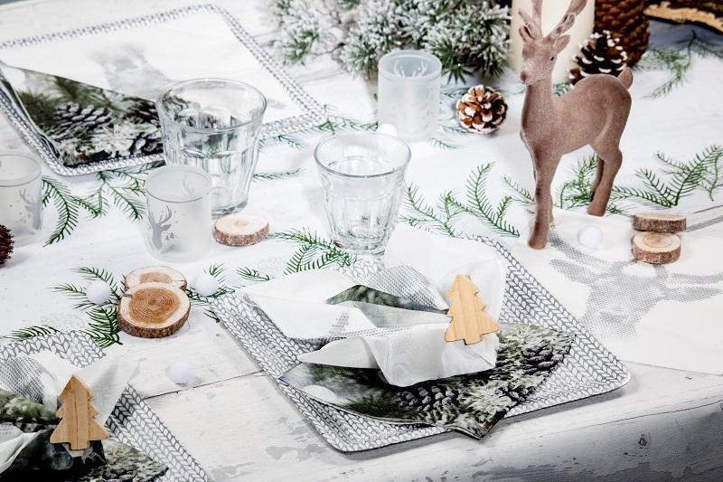 douceur d'une table de noel blanc nordique