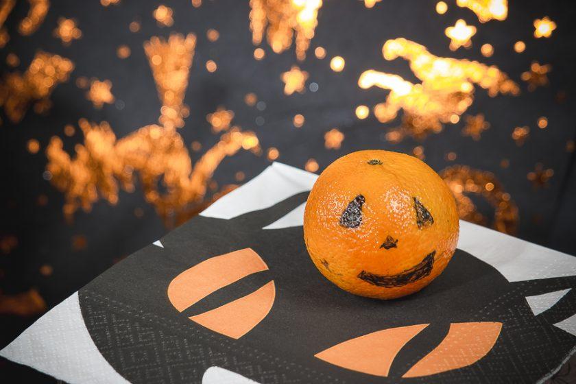 sedrviette en papier chat Halloween