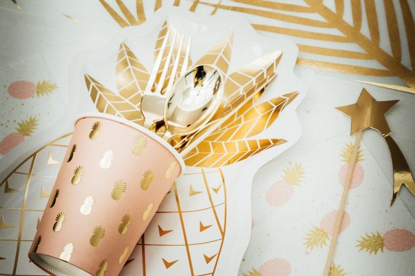 Gobelet rose motif ananas doré en hot stamping
