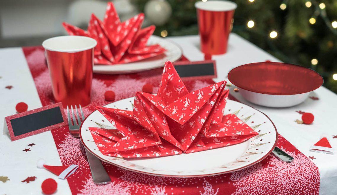 Noel rouge authentique vaisselle jetable